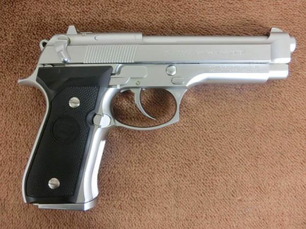 ベレッタ M92 INOX2