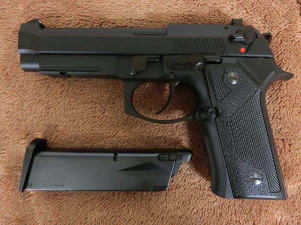 ベレッタ M92 バーテック3