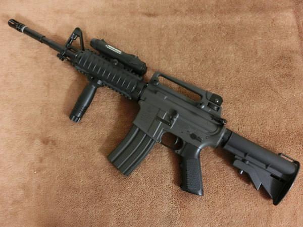 コルト M4A1 RIS3