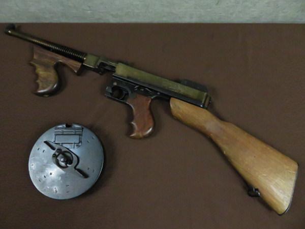 M1921 THOMPSON トンプソン1