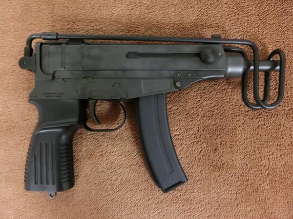 スコーピオン Vz.612