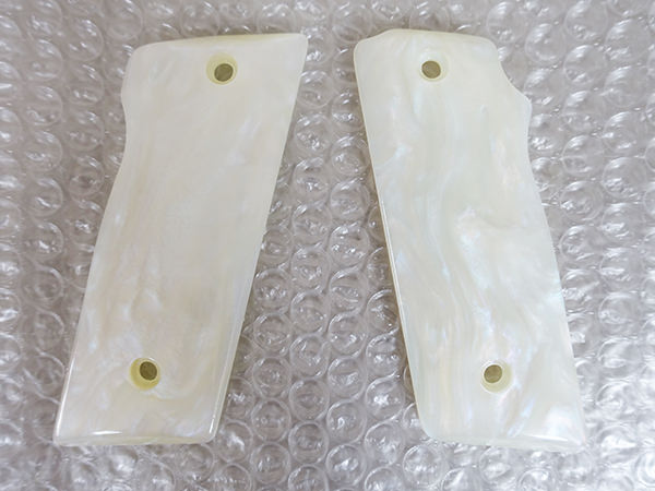 キャロムショット KSC M945 グリップ ホワイトパール 買取