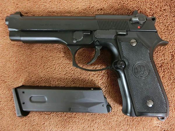 M92F ミリタリーモデル3